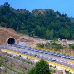 بزرگترین تونل خاورمیانه در آزادراه تهران